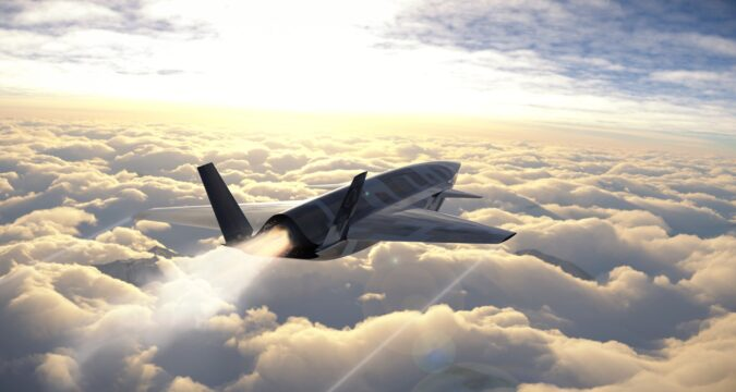 bayraktar insansıv savaş uçağı